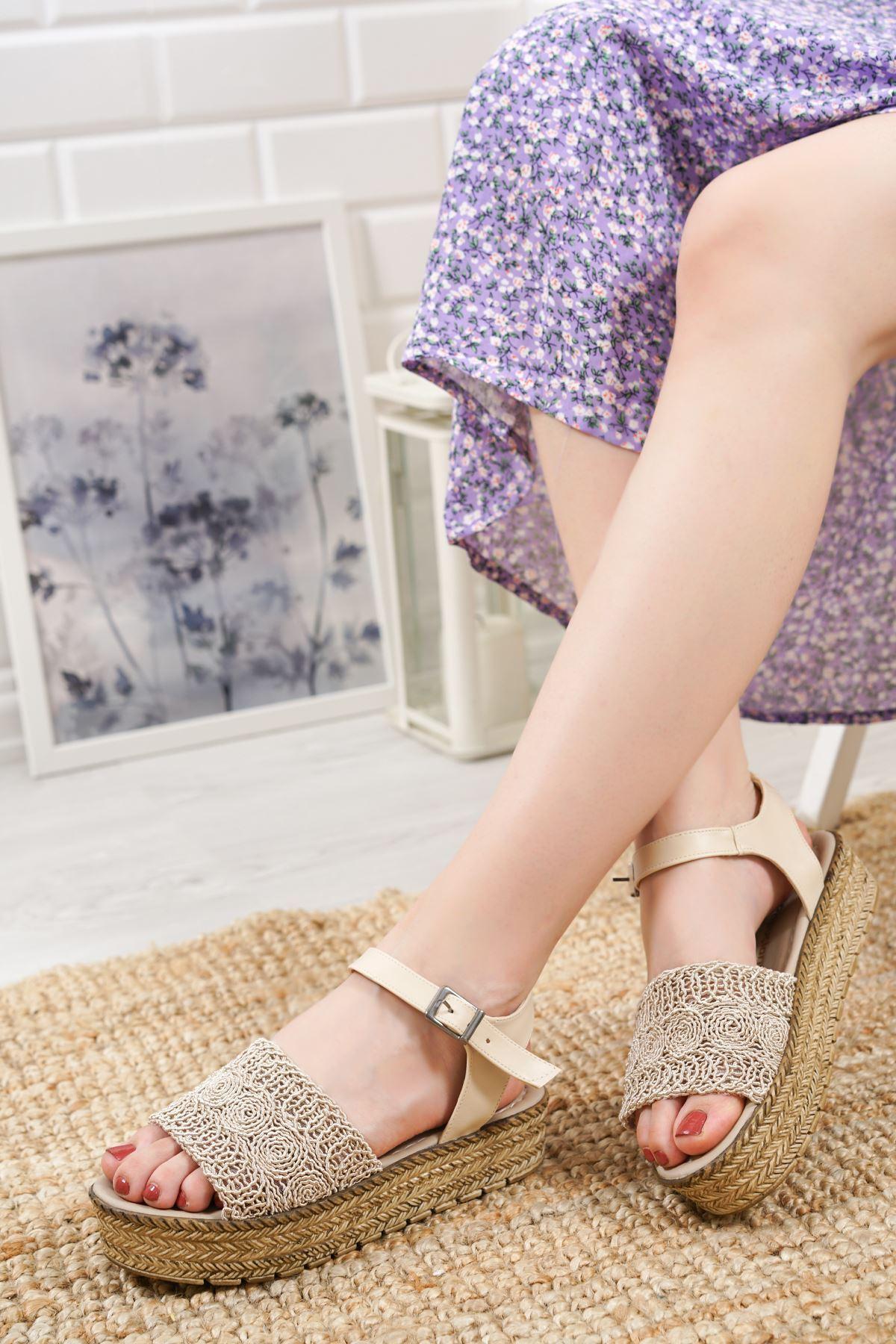 Nios Krem Dantel Kadın Sandalet