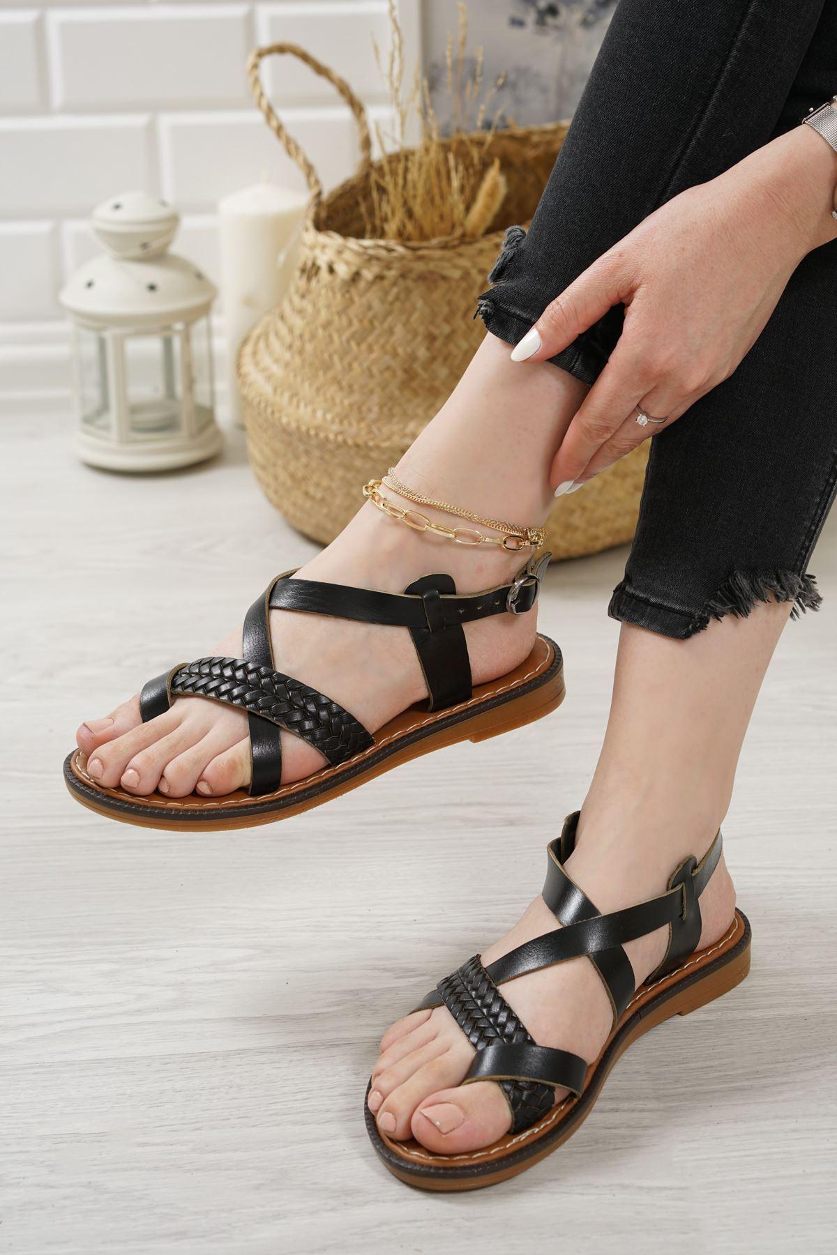 Magent Siyah Hakiki Deri Kadın Sandalet