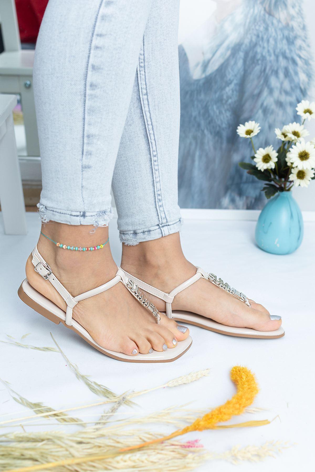 Bodrum Krem Rugan Kadın Sandalet