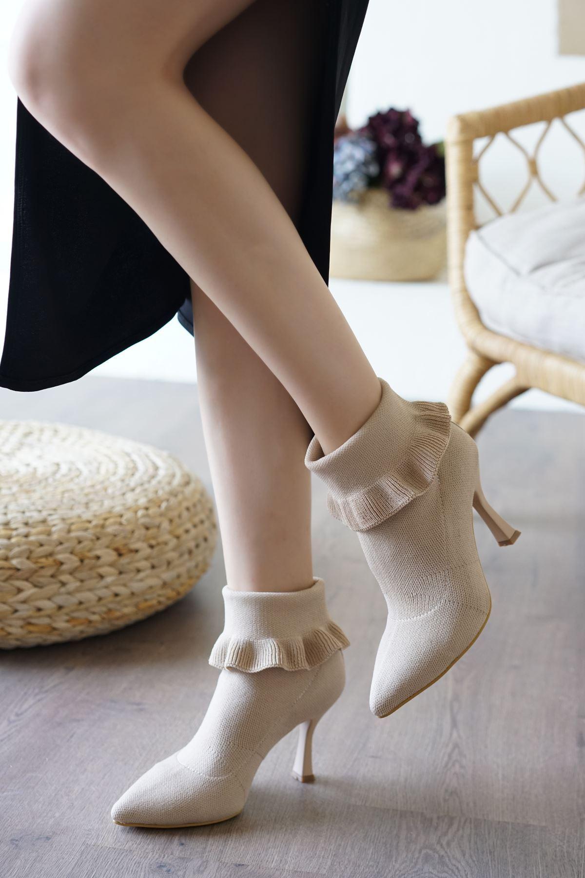 Renz Krem Triko Çorap Kadın Bot