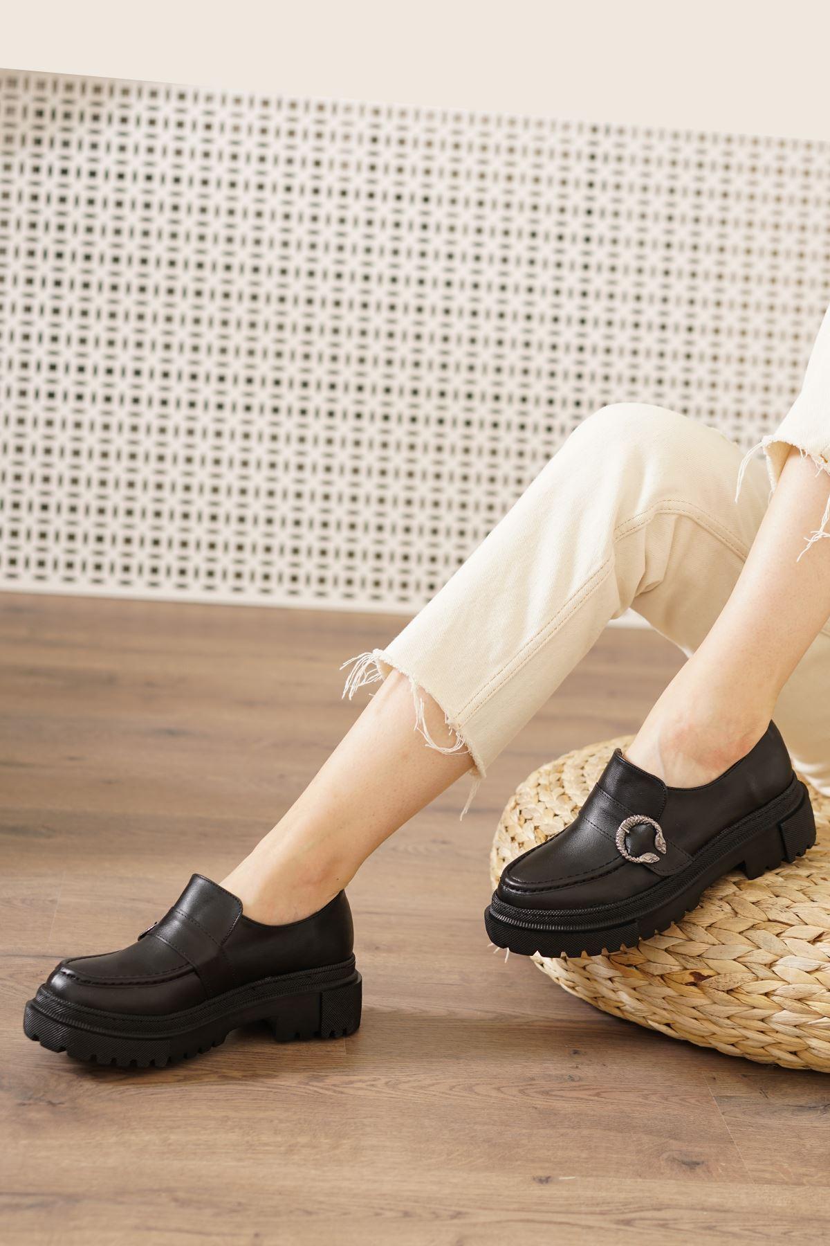 Riva Siyah Mat Kadın Spor Ayakkabı